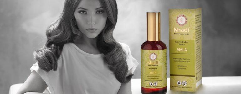 El óleo etérico bate los cabellos